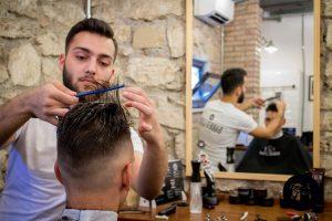 Barbiere aperto lunedì Roma